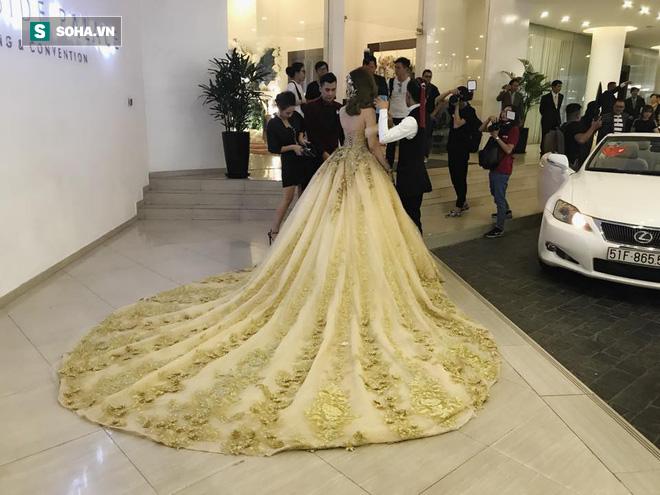[CẬP NHẬT] Sao Việt bắt đầu xuất hiện tại đám cưới Lâm Khánh Chi với chồng kém 8 tuổi - Ảnh 10.