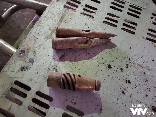 Người dân thôn Quan Độ: Xưởng phế liệu của ông Tiến từng xảy ra 1 vụ nổ hơn 10 năm trước - Ảnh 1.