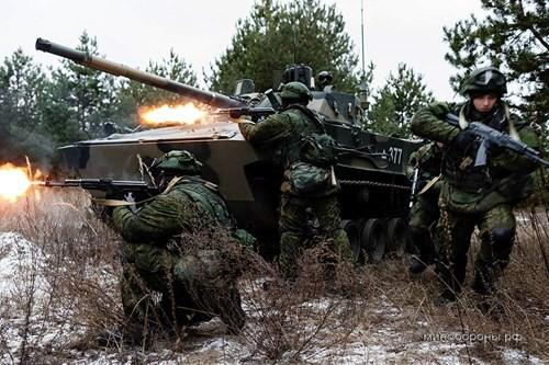 Những phương tiện chiến đấu đổ bộ đường không danh tiếng trên thế giới - ảnh 2
