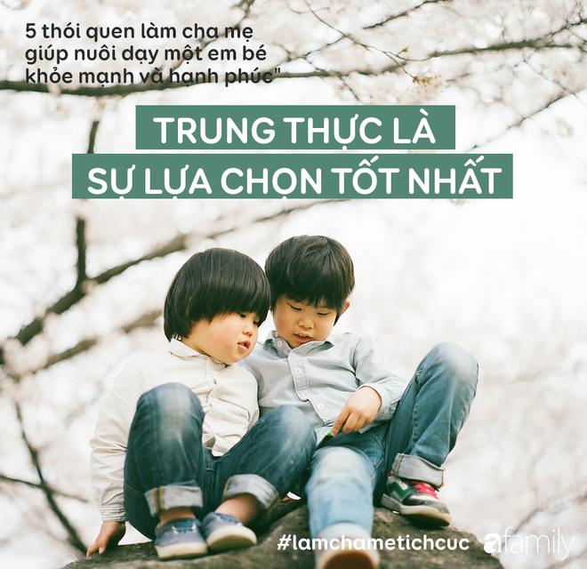 5 thói quen làm cha mẹ giúp nuôi dạy một em bé khỏe mạnh và hạnh phúc - Ảnh 2.