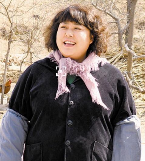 Người đẹp ngàn cân bị chồng bỏ vì quá béo, lột xác xinh đẹp cưới mỹ nam kém 15 tuổi - Ảnh 4.