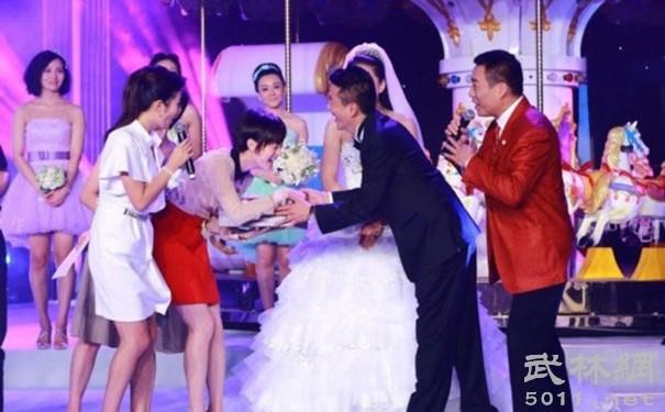 Tiểu Đường Tăng trong Tây Du Ký 1986: Trưởng thành là triệu phú, cưới vợ diễn viên xinh đẹp - Ảnh 8.
