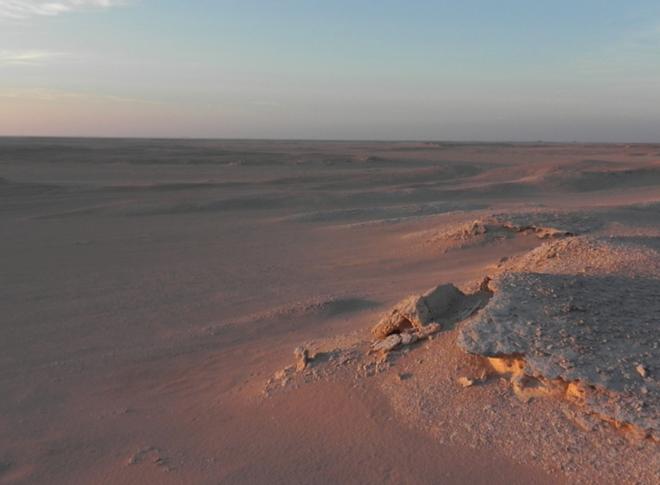 Các nhà khoa học đã mô phỏng lại môi trường Sao Hỏa ngay trên Trái Đất và sẽ... sống thử ở đó trong vòng một tháng - Ảnh 1.