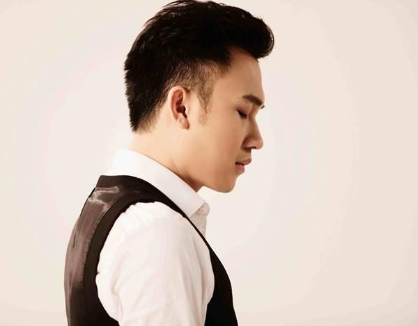 Dương Triệu Vũ có ý khởi kiện khi bị sàm sỡ vùng kín ngay trên sân khấu - Ảnh 2.