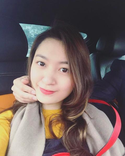 Đẳng cấp của thiếu gia Việt: Bạn gái ai cũng xinh không phải dạng vừa! - Ảnh 24.