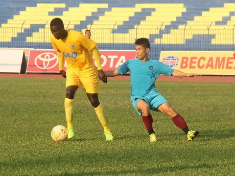 HLV Lê Thụy Hải: V-League 2018 là thời của cầu thủ trẻ - Ảnh 1.