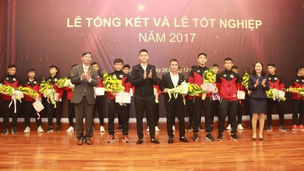 Hot boy U19 Việt Nam: Từ đỗ học viện Aspire đến giấc mơ V.League - Ảnh 3.