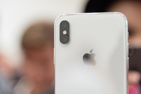 7 lý do iPhone 8 đáng mua ăn đứt iPhone X - Ảnh 5.