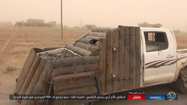 IS tấn công bằng xe bom tự sát, người Kurd thiệt hại nặng nề ở Deir Ezzor - Ảnh 6.