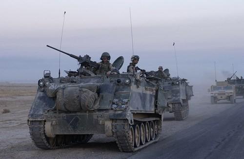 """""""Những chiến binh già gân"""" của Quân đội Nga, Mỹ - Ảnh 2."""
