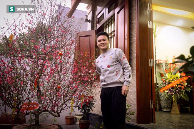 Cuối năm cùng Quang Hải: Công Phượng đã thay đổi và tốt hơn rất nhiều - Ảnh 2.
