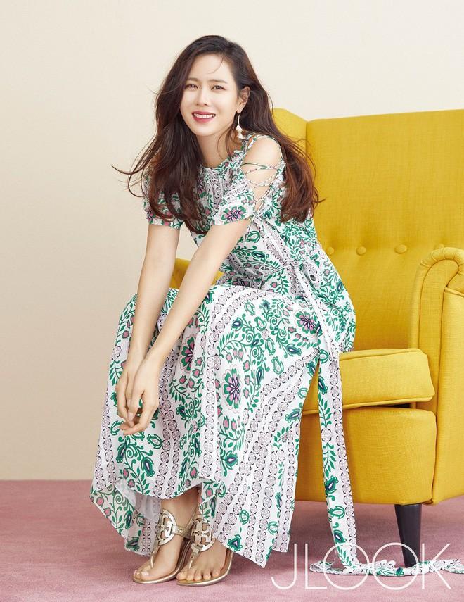 Ngày Valentine của mỹ nhân xứ Hàn cùng tuổi: Người chờ quà của chồng con, kẻ vẫn độc thân lẻ bóng - Ảnh 9.