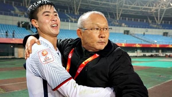 Đỗ Duy Mạnh: 'Sau thành công ở U23 châu Á, chúng tôi muốn vô địch AFF Cup 2018' - Ảnh 2.
