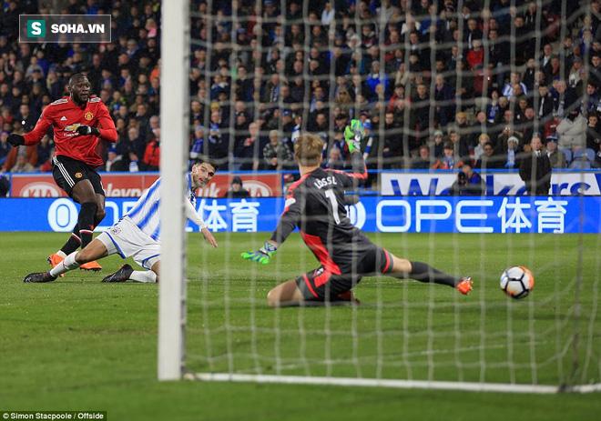 Mourinho nuốt lời vụ Pogba, Lukaku nổ súng đưa Man United trở lại - Ảnh 2.