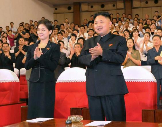 Đệ nhất phu nhân trâm anh thế phiệt của Triều Tiên từng là thành viên binh đoàn sắc đẹp? - Ảnh 3.