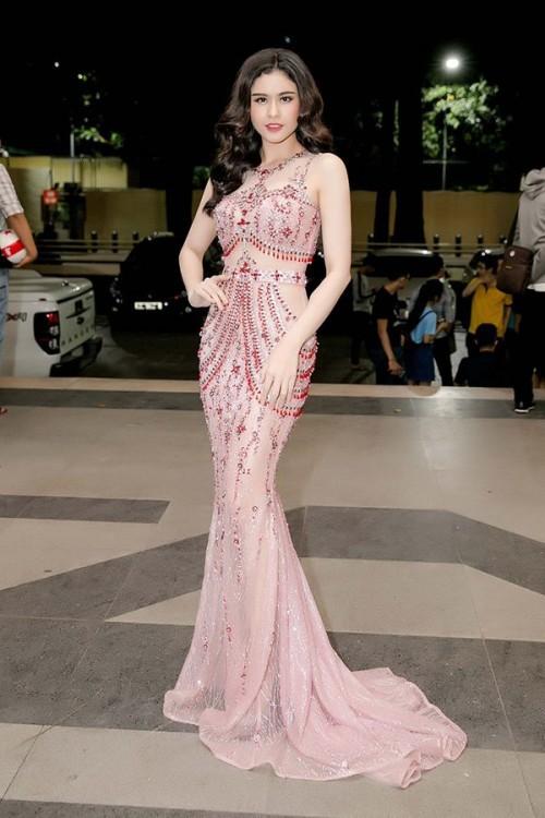 Sao Việt thích diện váy áo trong suốt dễ gây nguy hiểm, khiến người đối diện hoa cả mắt! - Ảnh 5.