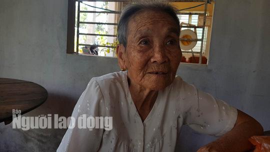 Mẹ già ngất đi khi thấy con trở về sau 33 năm làm đám giỗ - Ảnh 3.