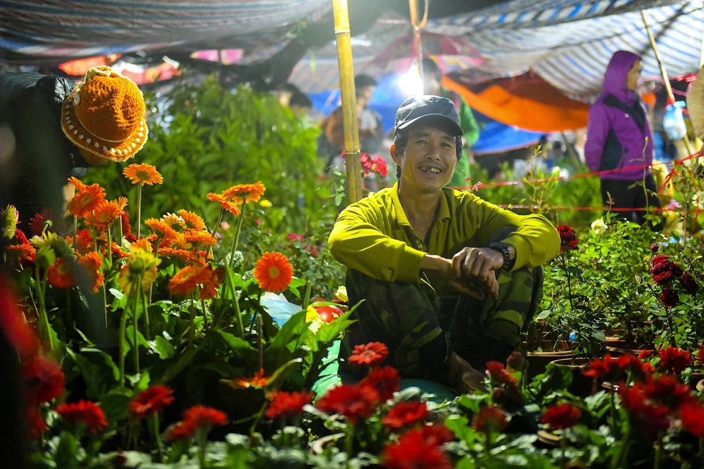 Chợ Viềng Nam định: Lễ Hội Chợ Viềng Nam Định 2018: Biển Người Xuyên đêm đến