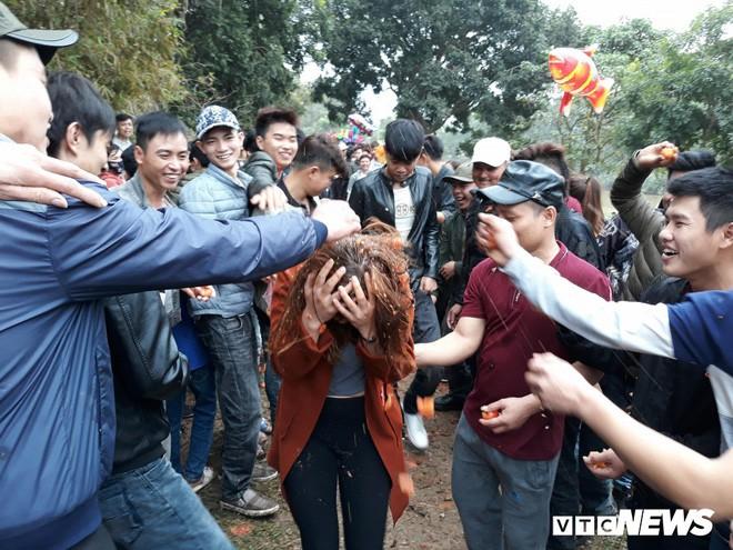 TIN TỐT LÀNH 23/02: Bỏ đốt tiền tỷ mỗi ngày - Hết thời lễ hội xấu xí và chỉ số cảm nhận tham nhũng ở Việt Nam tăng 6 bậc - Ảnh 2.