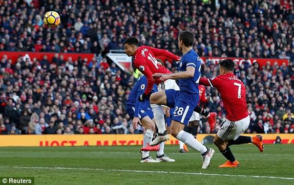 Lukaku rực sáng, Mourinho hạ Chelsea bằng sự dũng cảm hiếm thấy - Ảnh 4.