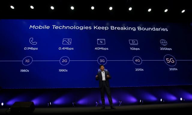 CEO Huawei cảnh báo trong tương lai gần, sẽ chỉ còn 3 đến 4 nhà sản xuất smartphone sống sót - Ảnh 1.