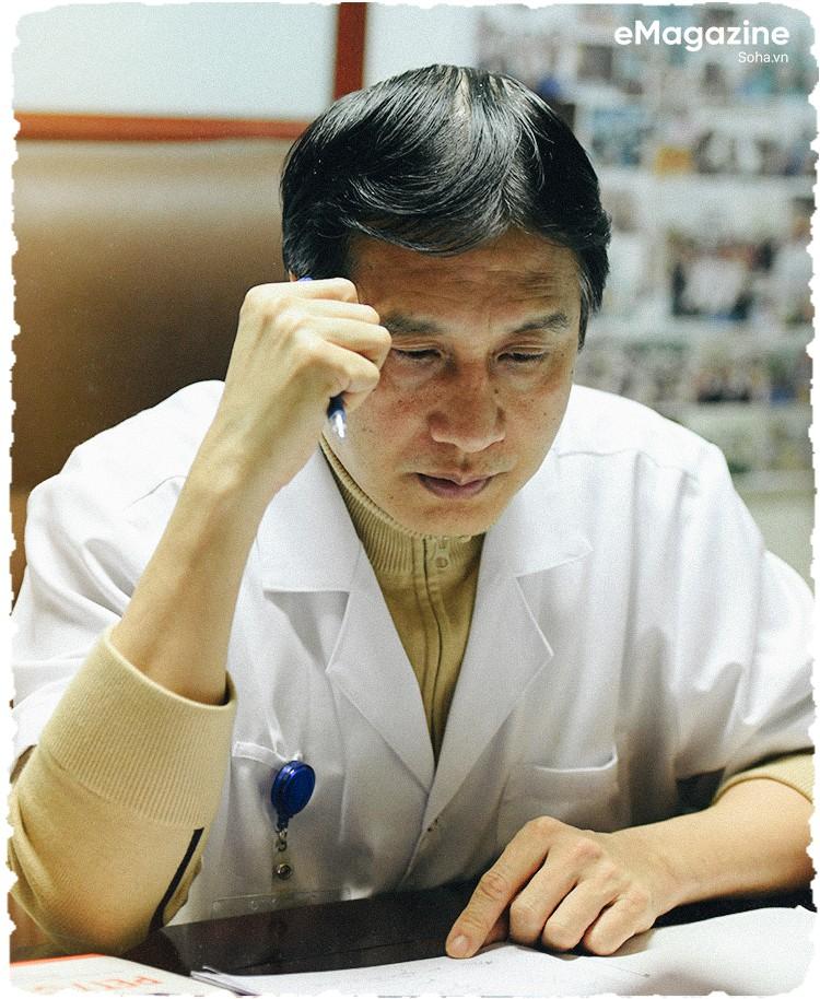 """GS.TS Trịnh Hồng Sơn: """"Nhiều người bảo tôi dại dột, ngu dốt khi từ chối thăng chức"""" - Ảnh 5."""