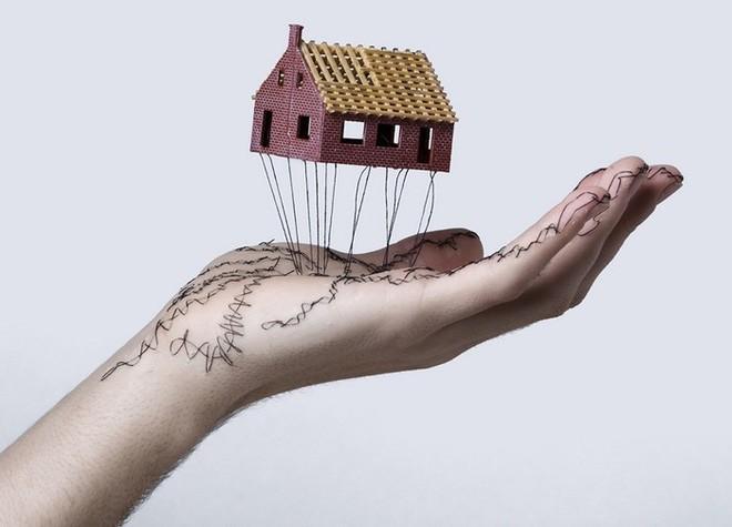 Xuyên chỉ lên chính da tay để tạo nên những bức hình nghệ thuật ám ảnh người xem - Ảnh 14.