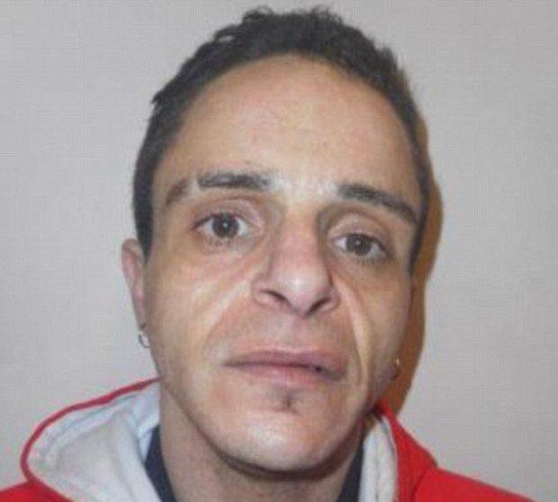 Bị buộc tội giết con của bạn gái, người đàn ông bào chữa rằng tưởng đứa bé là con nhện - Ảnh 2.
