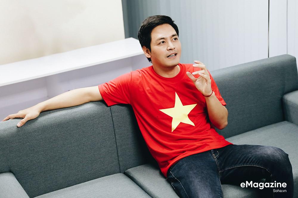 """MC Phan Anh: """"Có một buổi sáng sau khi ngủ dậy, tôi thấy tóc mình bạc trắng - Ảnh 10."""