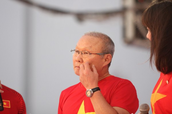Tuyệt vời, ngày tri ân đầy nước mắt và ý nghĩa cho U23 Việt Nam! - Ảnh 3.