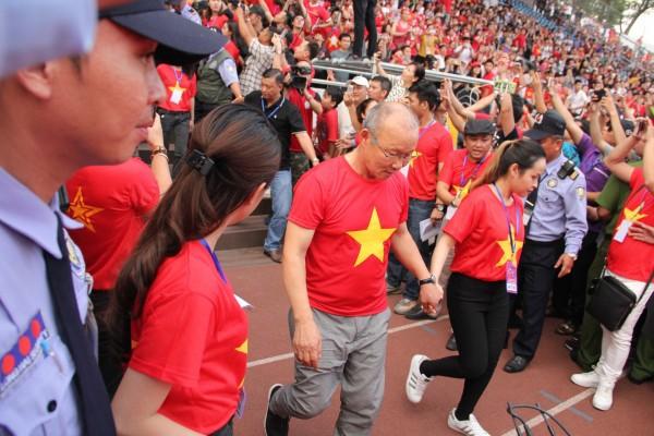 Tuyệt vời, ngày tri ân đầy nước mắt và ý nghĩa cho U23 Việt Nam! - Ảnh 4.