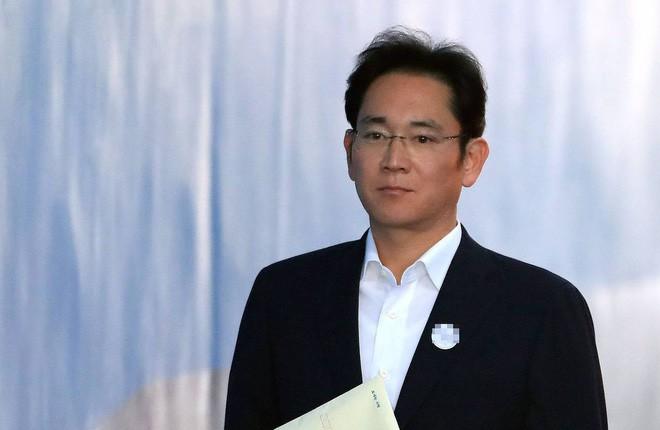 """""""Thái tử Samsung"""" Lee Jae-yong được tự do sau phán quyết mới của Tòa án phúc thẩm - Ảnh 1."""