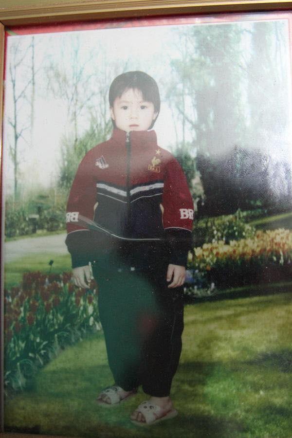 Hình ảnh hồi bé của cầu thủ U23 khiến HLV Park Hang-seo đau đầu trên sân khấu giao lưu - Ảnh 11.