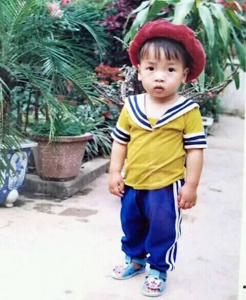 Hình ảnh hồi bé của cầu thủ U23 khiến HLV Park Hang-seo đau đầu trên sân khấu giao lưu - Ảnh 4.