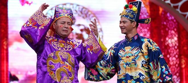 Khán giả tiếc nuối khi NSƯT Chí Trung nói lời chào tạm biệt Táo quân - Ảnh 1.