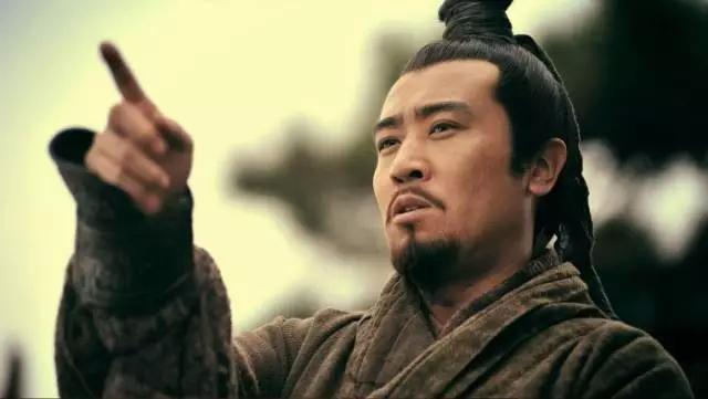 Giữa Tào Tháo, Lưu Bị và Tôn Vũ, nếu chọn, bạn sẽ theo ai? - Ảnh 2.