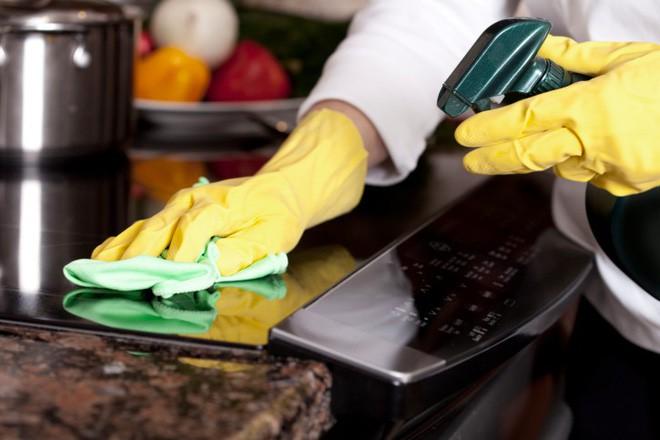 Cẩm nang dọn bếp đón Tết sạch, nhanh, an toàn mà bà nội trợ nào cũng nên biết 1
