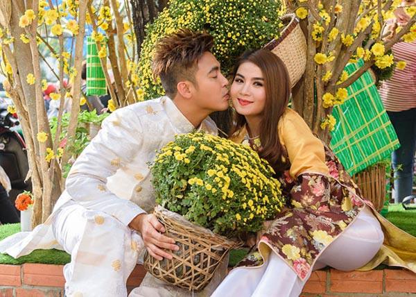 Trang Trần, Hari Won, Kha Ly đón Tết cùng gia đình chồng như thế nào? - Ảnh 4.