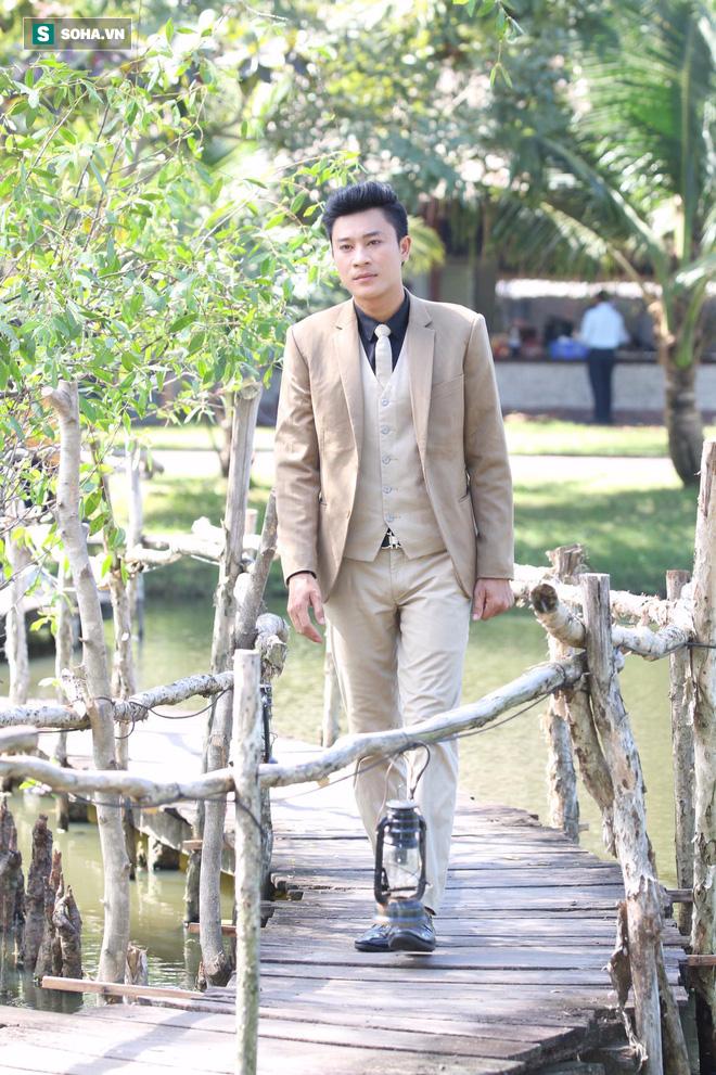 Chuyện về chàng diễn viên hiếm có nhất nhì showbiz Việt: Tôi sống thật quá! - Ảnh 1.