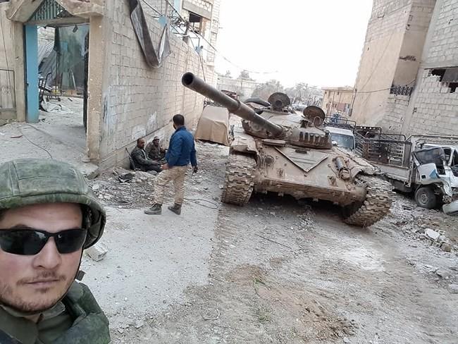 """""""Hổ Syria"""" xung trận chiếm thị trấn chiến lược ở Đông Ghouta sau hai ngày giao chiến sinh tử - Ảnh 4."""