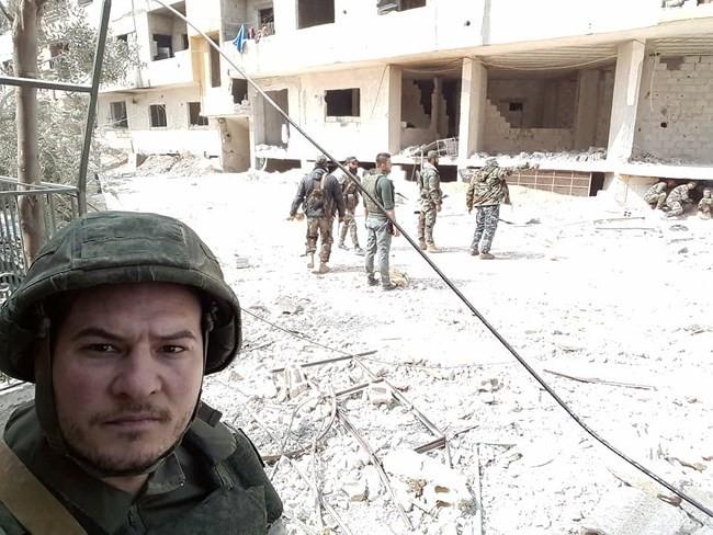 """""""Hổ Syria"""" xung trận chiếm thị trấn chiến lược ở Đông Ghouta sau hai ngày giao chiến sinh tử - Ảnh 5."""