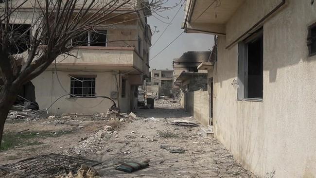 """""""Hổ Syria"""" xung trận chiếm thị trấn chiến lược ở Đông Ghouta sau hai ngày giao chiến sinh tử - Ảnh 6."""