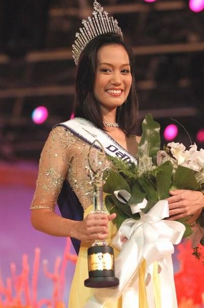 Gia thế khủng của Hoa hậu bỏ showbiz làm cơ trưởng khiến MC Kỳ Duyên kính nể  - Ảnh 4.