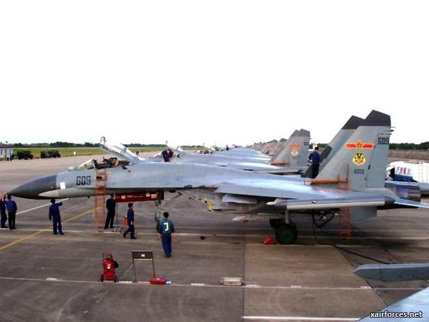 Từ vụ Trung Quốc nằng nặc mua Su-27: Vì sao Bắc Kinh chết mê chết mệt chiến đấu cơ Nga? - Ảnh 3.