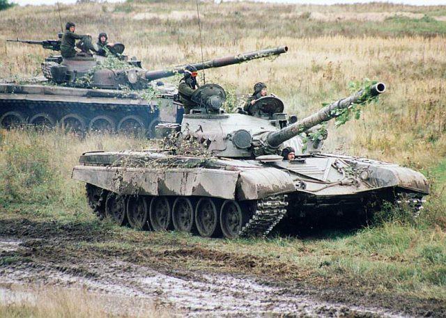 Việt Nam từng có cơ hội sở hữu xe tăng T-80 và T-72 hiện đại nhất Đông Nam Á? - Ảnh 2.