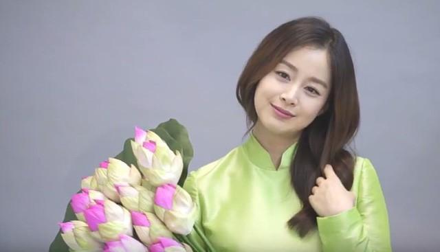 Vợ chồng Bi Rain - Kim Tae Hee rủ nhau dùng bữa tại nhà hàng Việt Nam - Ảnh 5.