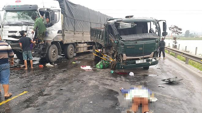 3 xe tải húc nhau trên đường tránh Vinh - Nghệ An - Ảnh 2.