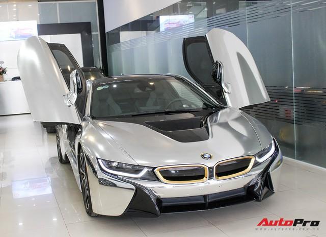 BMW i8 dán decal chrome bạc độc nhất Việt Nam rao bán lại giá 3,9 tỷ đồng - Ảnh 3.
