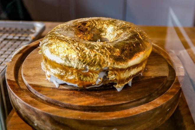 Muốn khám phá vị vàng thế nào, 7 món ăn dát vàng này chính là thứ nên thử, Việt Nam cũng có 1 món - Ảnh 11.