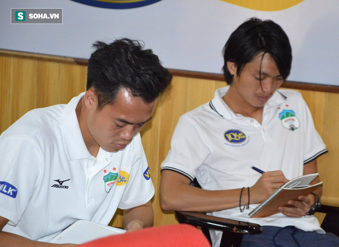 Chăm chỉ học tập, biểu tượng chiến thắng của U23 Việt Nam hé lộ ước mơ lạ ngoài bóng đá - Ảnh 3.